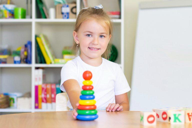 Psihoterapia copilului - Psihoterapeut Iuliana Balan. Locul sigur ar trebui sa fie un loc in care copilul s-a simțit fericit, calm si ......